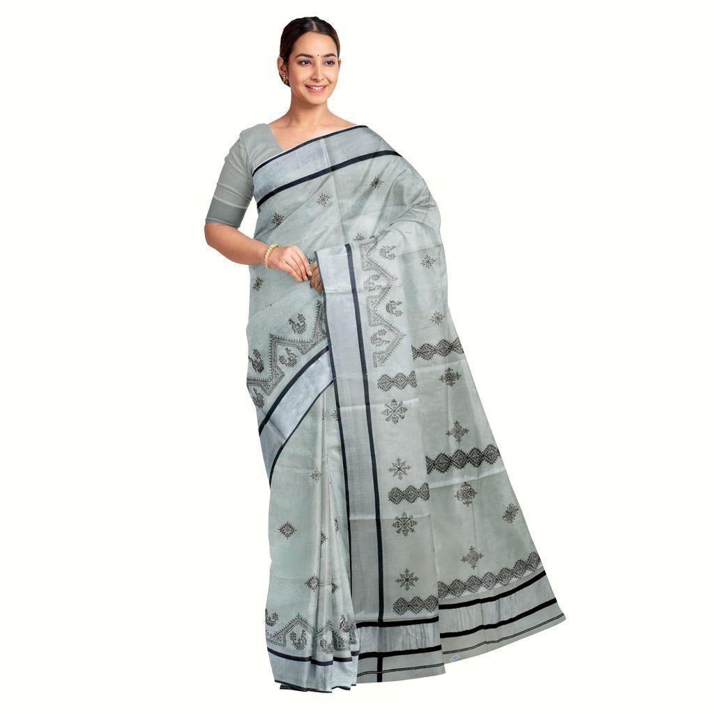 Kasuti Thread Worked Silver Kasavu Saree