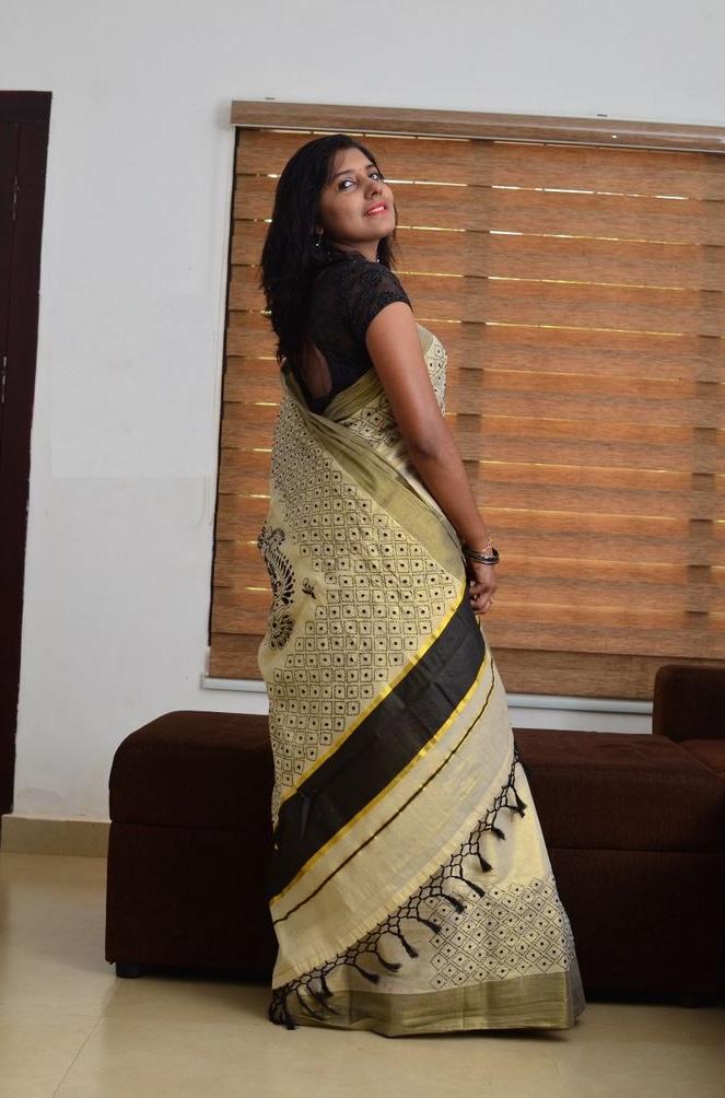 Kantha Handcrafted Kerala Tissue Saree